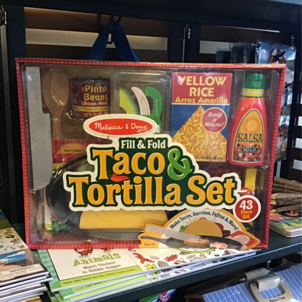 Rochester Country Store Taco and Tortilla Set children's toy